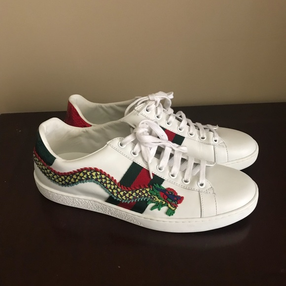 9a497a7d32d Gucci Shoes - GUCCI Snake-Embroidered Sneaker